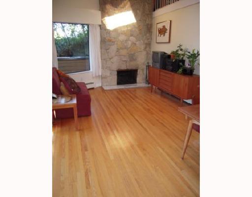 # 303 1930 W 3RD AV - Kitsilano Apartment/Condo for sale, 2 Bedrooms (V710448) #2