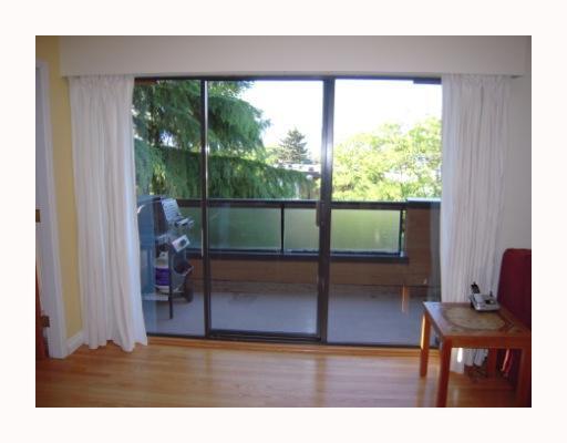 # 303 1930 W 3RD AV - Kitsilano Apartment/Condo for sale, 2 Bedrooms (V710448) #4