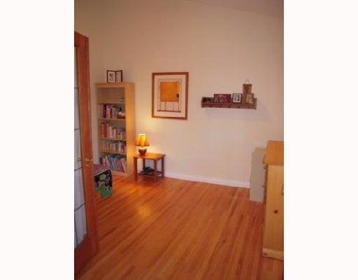 # 303 1930 W 3RD AV - Kitsilano Apartment/Condo for sale, 2 Bedrooms (V710448) #1