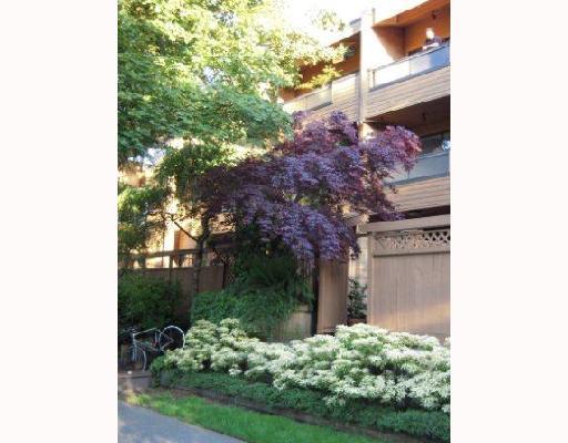 # 303 1930 W 3RD AV - Kitsilano Apartment/Condo for sale, 2 Bedrooms (V710448) #10