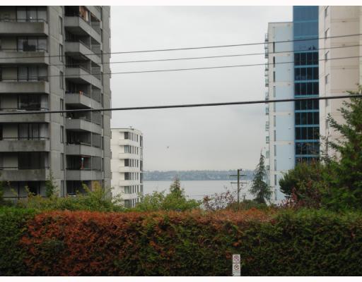 # 203 2119 BELLEVUE AV - Dundarave Apartment/Condo for sale, 1 Bedroom (V738758) #1