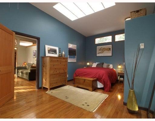 1801 BURRILL AV - Lynn Valley House/Single Family for sale, 3 Bedrooms (V756295) #1