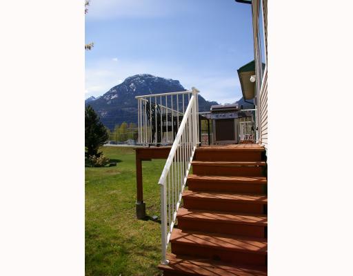 # 4 39920 GOVERNMENT RD - Garibaldi Estates Townhouse for sale, 3 Bedrooms (V764305) #1