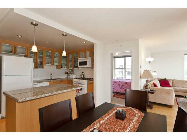 # 1405 121 W 16TH ST - Central Lonsdale Apartment/Condo for sale, 2 Bedrooms (V905771) #8