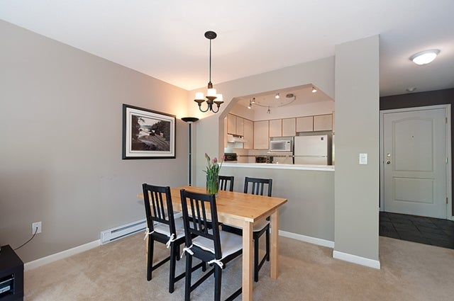 # 211 3770 MANOR ST - Central BN Apartment/Condo for sale, 1 Bedroom (V950004) #18