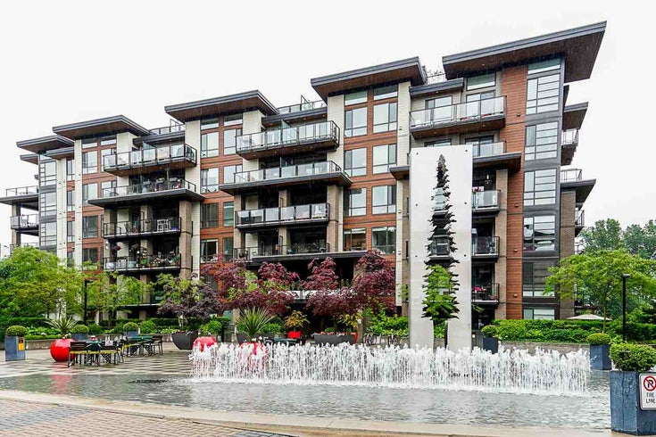 305 719 W 3RD STREET - Harbourside Apartment/Condo for sale, 2 Bedrooms (R2460548)