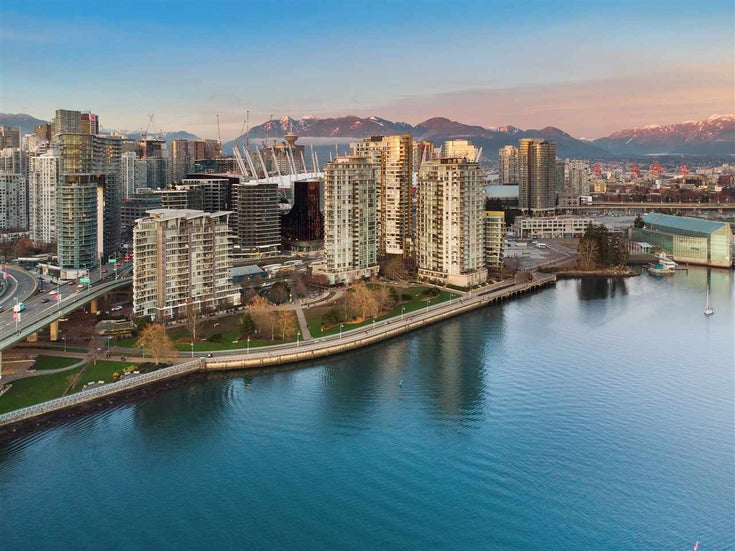 1907 918 COOPERAGE WAY - Yaletown Apartment/Condo for sale, 2 Bedrooms (R2525671)