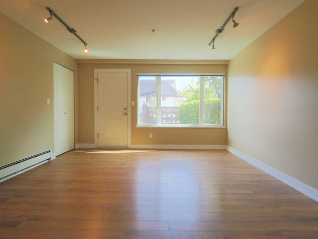 2817 Semlin Drive - Victoria VE Apartment/Condo for sale, 3 Bedrooms