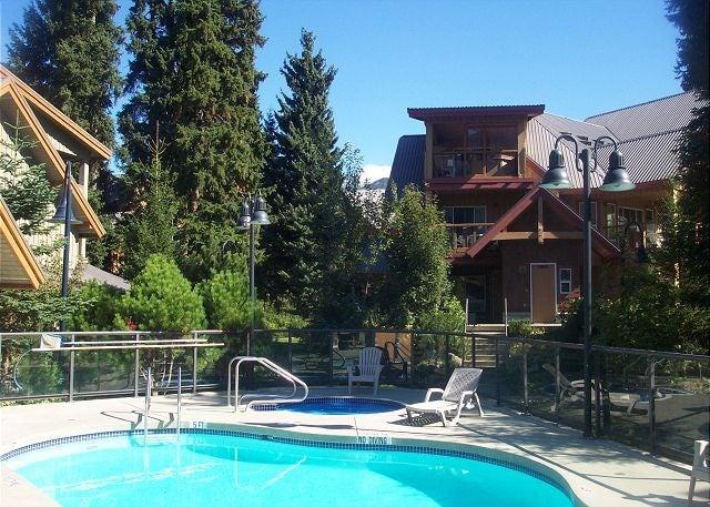 48 4388 NORTHLANDS BOULEVARD - Whistler Village Townhouse for sale, 2 Bedrooms (R2068465)