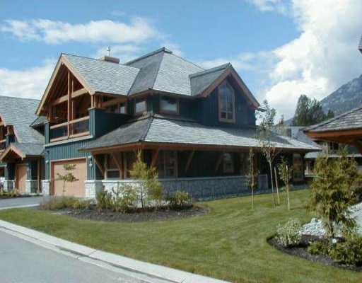 4870 CASABELLA CR - VWHWH Townhouse for sale, 3 Bedrooms (V529760)