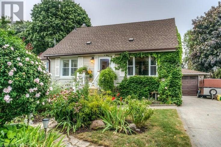 177 VERMONT Street - Waterloo House for sale, 3 Bedrooms (40014724)