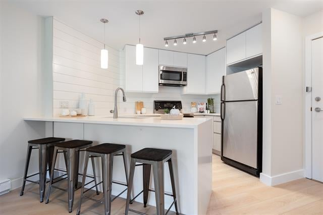 424 5700 ANDREWS ROAD - Steveston South Apartment/Condo for sale, 1 Bedroom (R2598666)