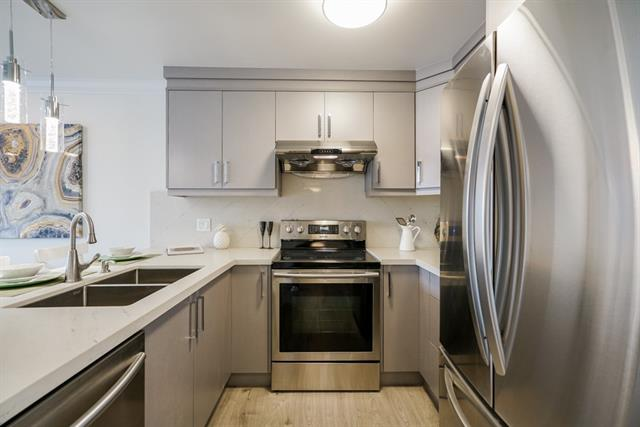 322 9300 GLENACRES DRIVE - Saunders Apartment/Condo for sale, 1 Bedroom (R2353718)