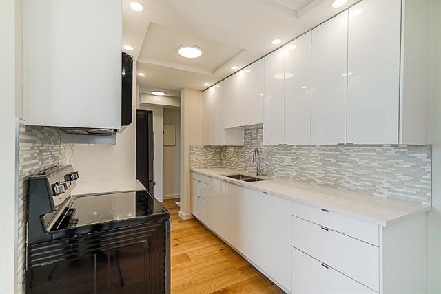 1004 6689 WILLINGDON AVENUE - Metrotown Apartment/Condo for sale, 2 Bedrooms (R2478081)