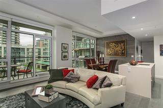 311 105 W 2nd Street - Lower Lonsdale Apartment/Condo for sale, 2 Bedrooms (R2118748)