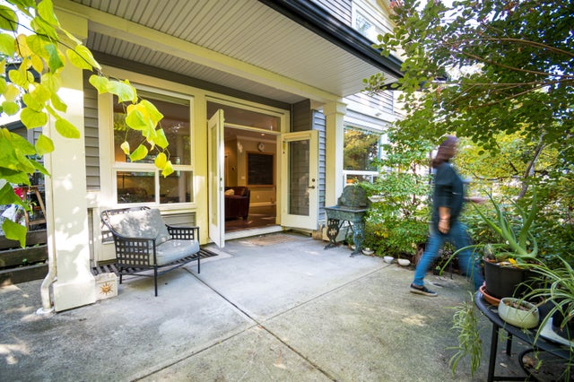 1323 18th Street East - Westlynn House/Single Family for sale, 6 Bedrooms (R2511991)