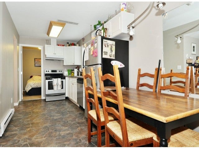 20252 HAMPTON ST - Southwest Maple Ridge House/Single Family for sale, 5 Bedrooms (V1090406) #16