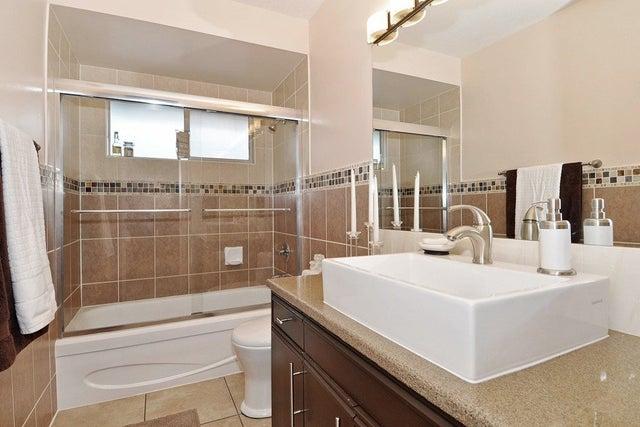 7982 166B STREET - Fleetwood Tynehead House/Single Family for sale, 3 Bedrooms (R2150241) #15