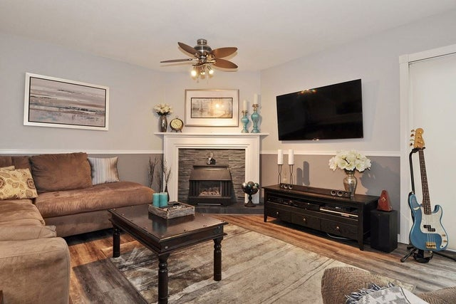 7982 166B STREET - Fleetwood Tynehead House/Single Family for sale, 3 Bedrooms (R2150241) #9