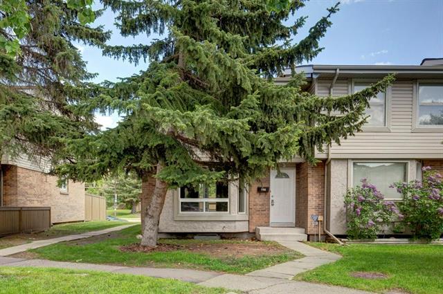 #146 123 QUEENSLAND DR SE - Queensland Row/Townhouse for sale, 3 Bedrooms (C4300890)