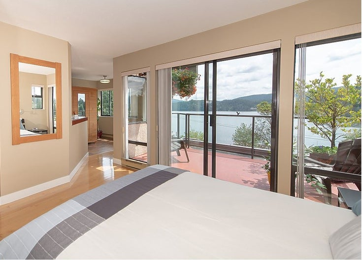 2609 PANORAMA DRIVE - Deep Cove House/Single Family for sale, 6 Bedrooms (R2275357)