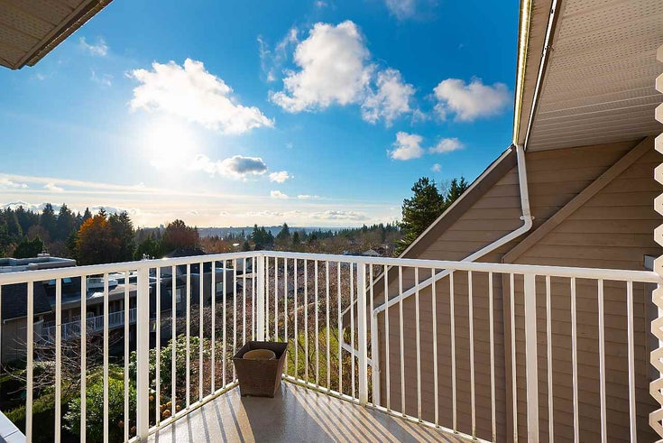 610 1000 BOWRON COURT - Roche Point Apartment/Condo for sale, 1 Bedroom (R2521122)