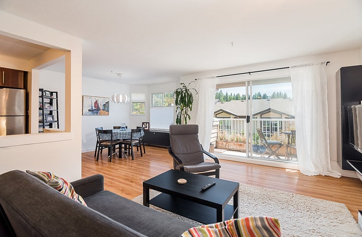 202-1000 Bowron Crt - Roche Point Apartment/Condo for sale, 2 Bedrooms (R2185115)