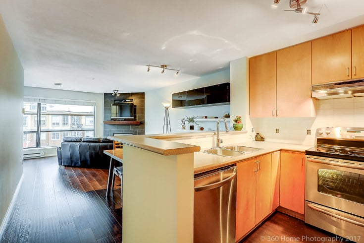 410-124 W 3rd St - Lower Lonsdale Apartment/Condo for sale, 2 Bedrooms (R2215946)