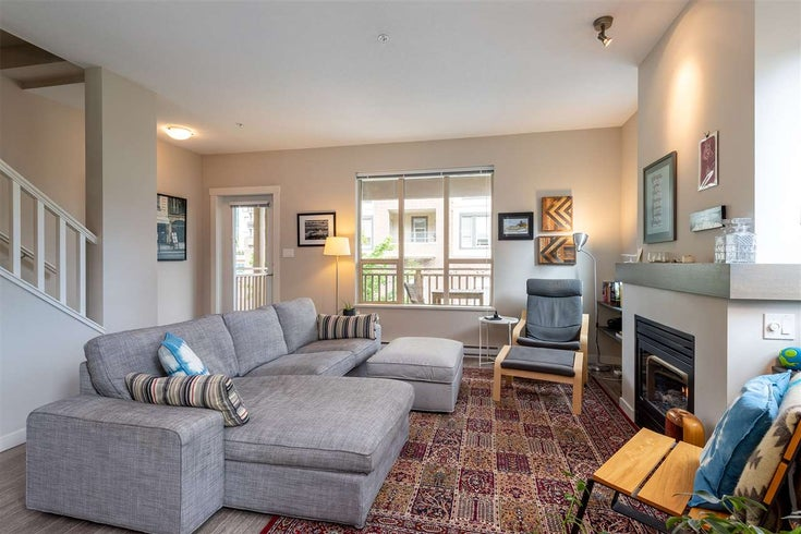 38334 EAGLEWIND BOULEVARD - Downtown SQ Townhouse for sale, 3 Bedrooms (R2378580)