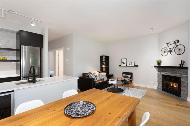 107 4405 BLACKCOMB WAY - Whistler Village Apartment/Condo for sale, 1 Bedroom (R2400800)
