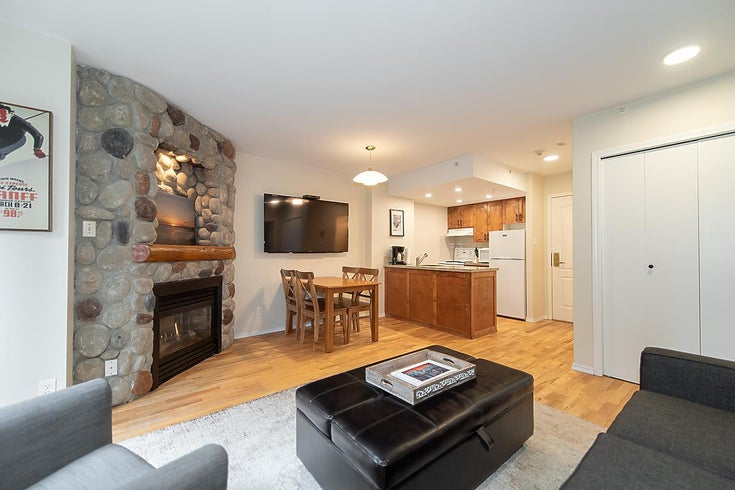 102 4809 SPEARHEAD DRIVE - Benchlands Apartment/Condo for sale, 1 Bedroom (R2531102)