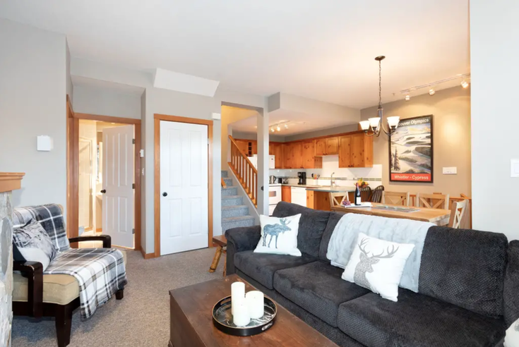 Whistler Village, BC - Whistler Village Townhouse for sale, 2 Bedrooms (Exquisite 2BR/3BA Townhouse - Hot Tub, Free parking)
