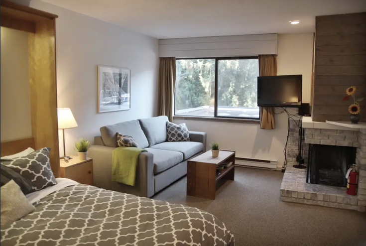Creekside, Whistler BC - Whistler Creek Apartment/Condo for sale, 1 Bedroom (Spacious 2nd floor studio suite with fireplace (A))