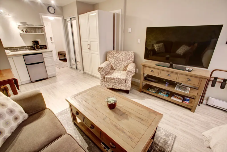 Creekside, Whistler BC - Whistler Creek Apartment/Condo for sale, 0.5 Bedroom (Steps to the Mountain)