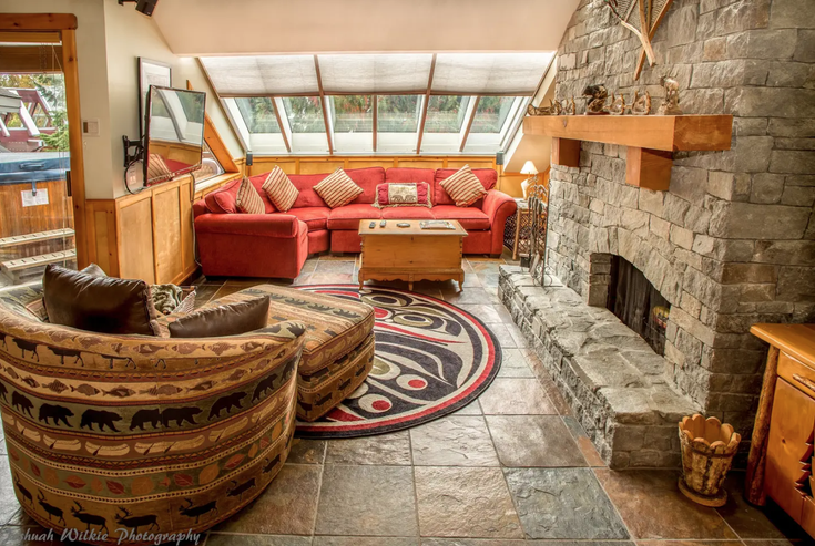 Whistler Village, BC - Whistler Village Apartment/Condo for sale, 2 Bedrooms (Luxury 2 Bedroom Condo with Hot Tub)