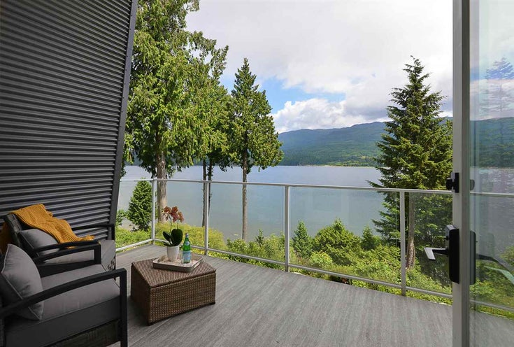 6210 S GALE AVENUE - Sechelt District House/Single Family for sale, 5 Bedrooms (R2461483)
