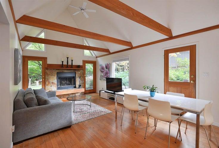 7922 REDROOFFS ROAD - Halfmn Bay Secret Cv Redroofs House/Single Family for sale, 3 Bedrooms (R2511853)