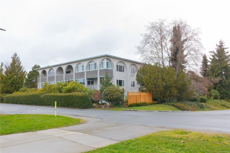 304 2050 White Birch Rd - Si Sidney North-East Condo Apartment for sale, 1 Bedroom (864202)