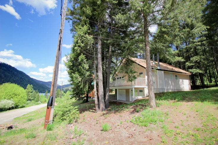 2973 Crestview Rd - princeton_bc Single Family for sale, 3 Bedrooms (172583)