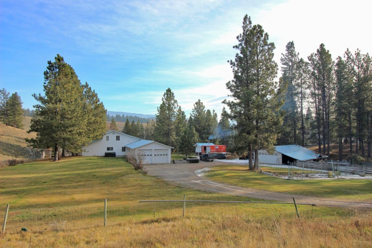 863 Hwy 5A - princeton_bc Single Family for sale, 3 Bedrooms (175878)