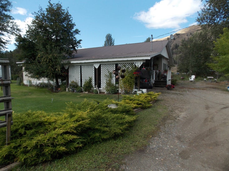 412 Hwy 3 - princeton_bc Single Family for sale(165581)