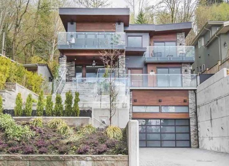 7366 Barnet Road - Westridge BN House/Single Family for sale(R2574433)