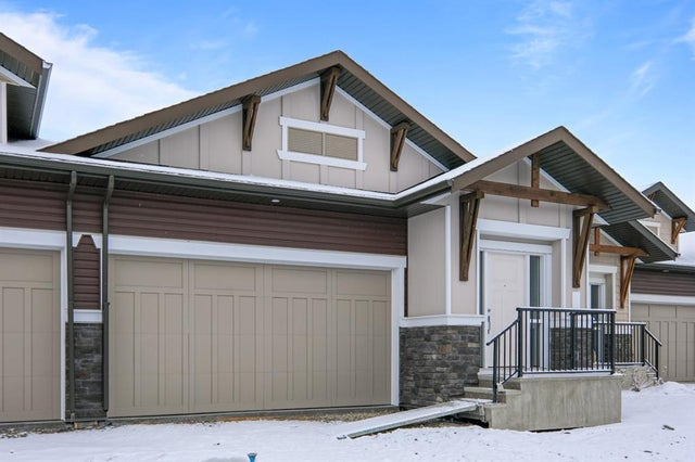 123, 55 Fireside Circle - Fireside Semi Detached for sale, 3 Bedrooms (A1086338)