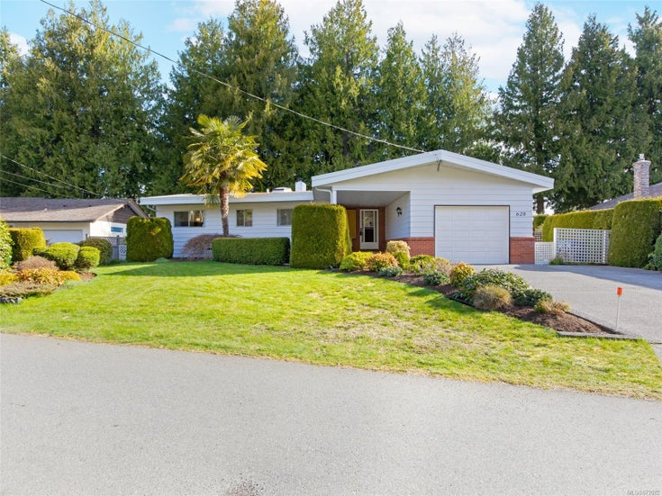 620 Beach Terr - PQ Qualicum Beach Single Family Detached for sale, 2 Bedrooms (872082)