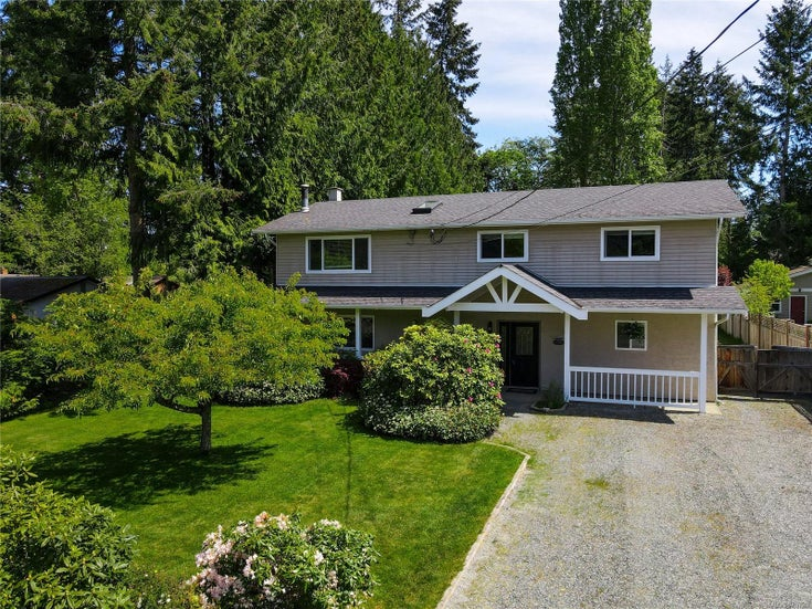 714 Larch Dr - PQ Qualicum Beach Single Family Detached for sale, 5 Bedrooms (875720)