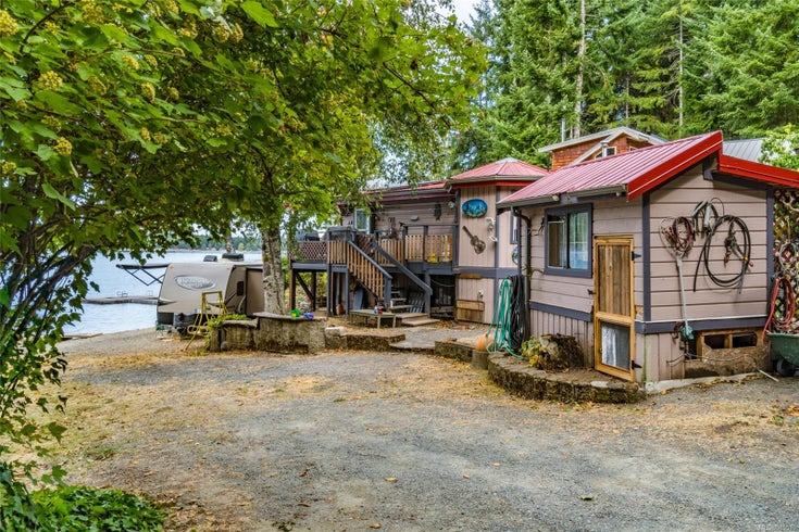 2526 South Lake Rd - PQ Qualicum North Single Family Detached for sale, 1 Bedroom (885510)
