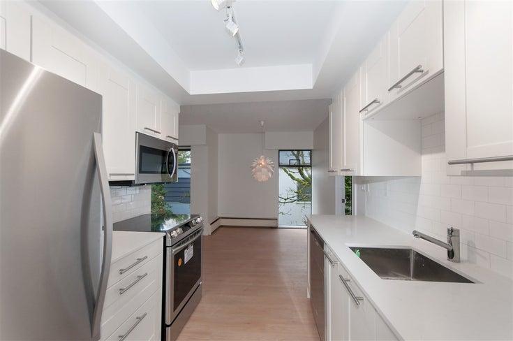 302 2275 W 40TH AVENUE - Kerrisdale Apartment/Condo for sale, 2 Bedrooms (R2252384)