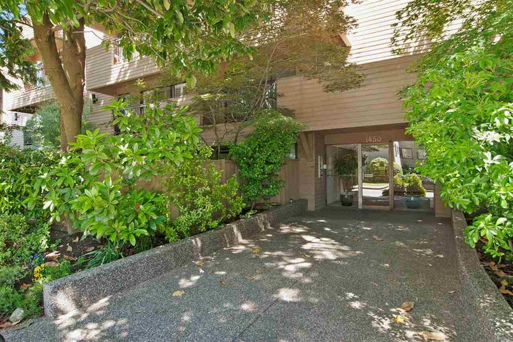 208 1450 LABURNUM STREET - Kitsilano Apartment/Condo for sale, 1 Bedroom (R2338337)
