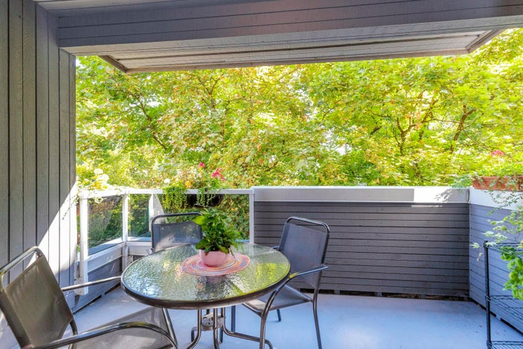 301 2885 SPRUCE STREET - Fairview VW Apartment/Condo for sale, 1 Bedroom (R2620258)