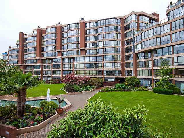 209 1490 Pennyfarthing Drive - False Creek Apartment/Condo for sale, 1 Bedroom (V903671)
